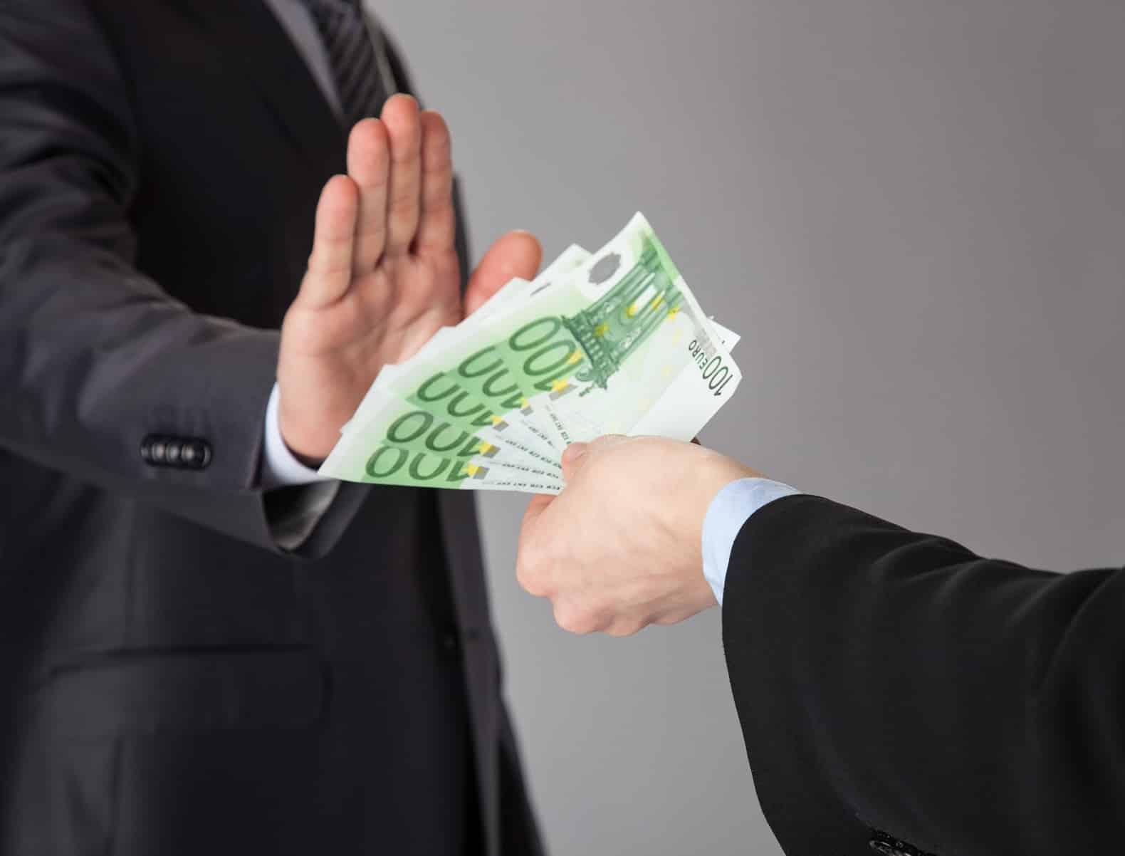 eerlijk zijn of smeergeld?
